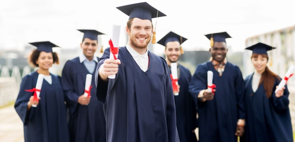 Beginning of social work: Complete the Educational Requirements